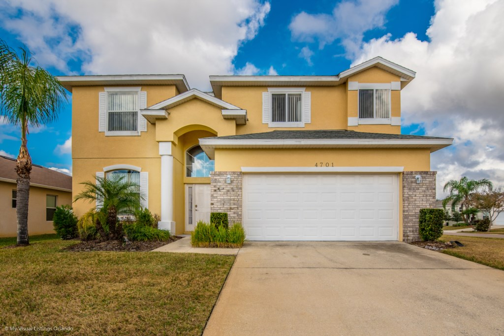 Rental Vacation Home Crc7501 In Crystal Cove Resort Orlando Near Disney 7 Bedrooms Maximum 15