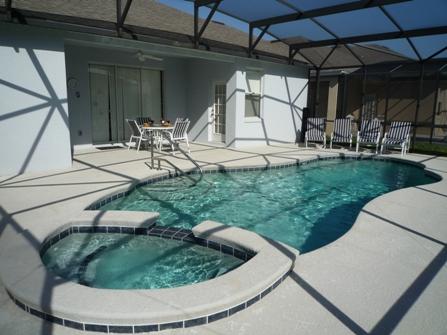 Pool & Spa with enlarged pool deck