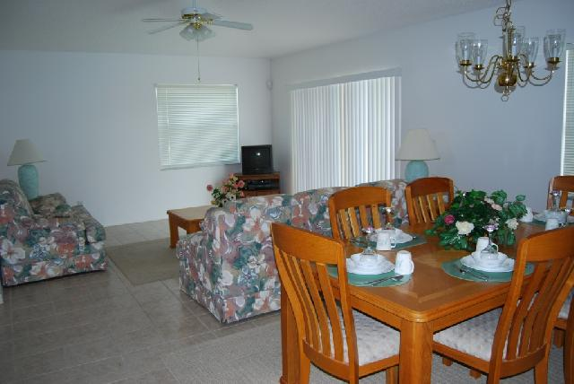 Family & Dining Room